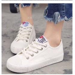 giày thể thao đơn giản