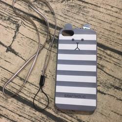 Ốp lưng Iphone 5 5s gấu có dây đe