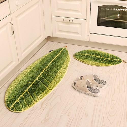 Thảm trải sàn hình chiếc lá size 45 x 75 cm