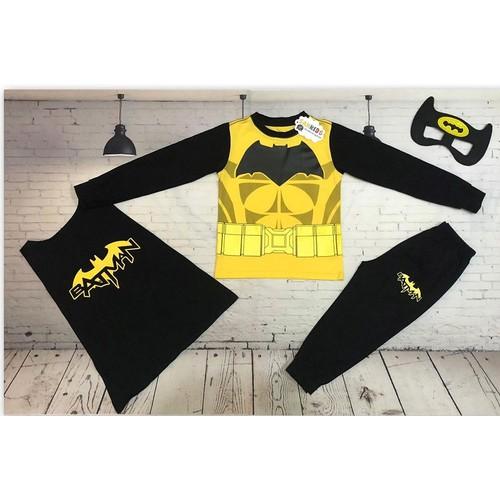 Quần áo người dơi Batman có 3 màu xám, đỏ, vàng theo màu áo
