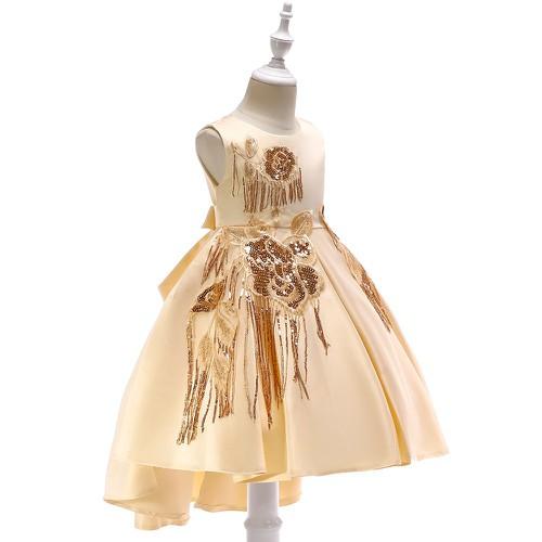 Đầm đuôi dài bé gái xinh