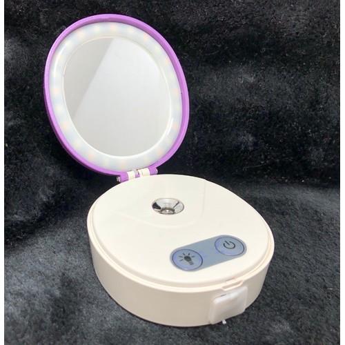 Máy xông hơi mặt Mini Cosmetic kèm gương trang điểm có đèn