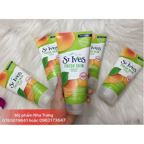 Sữa rửa mặt tẩy tế bào chết St Ives Fresh Skin chính hãng mẫu mới