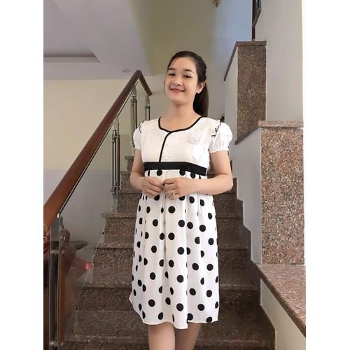 Đầm bầu phối chân váy