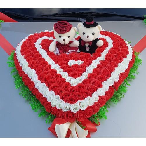 Hoa giả trang trí xe cưới hình trái tim gấu 017