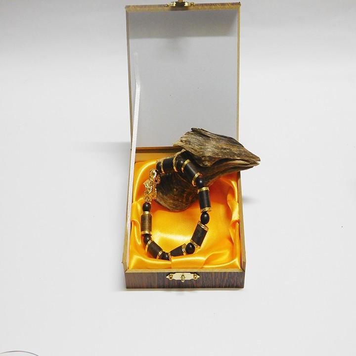 Vòng tay trầm hương bọc vàng mix tỳ hưu 3