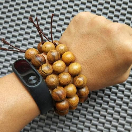Vòng tay Phú Quý gỗ bách xanh thơm mát, đẳng cấp loại 15 hạt 14mm