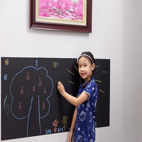 Decal bảng dán tường cho bé