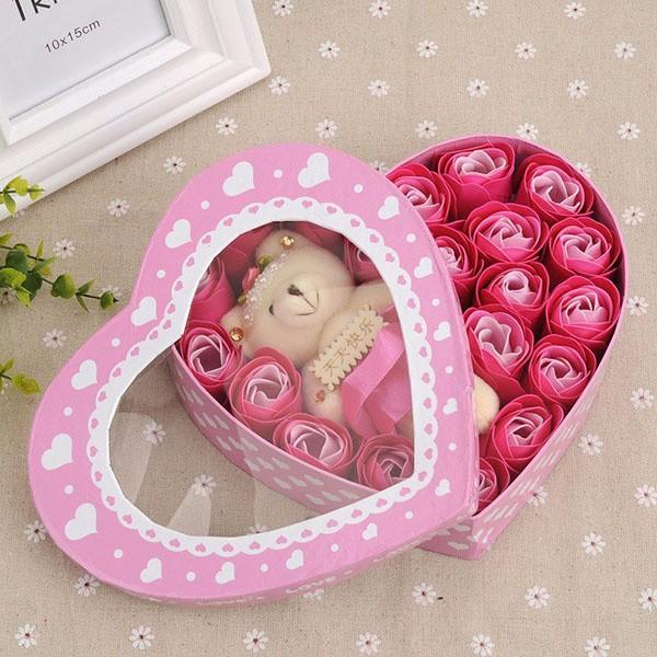 Bán sỉ hoa hồng sáp hộp trái tim 20 bông kèm gấu