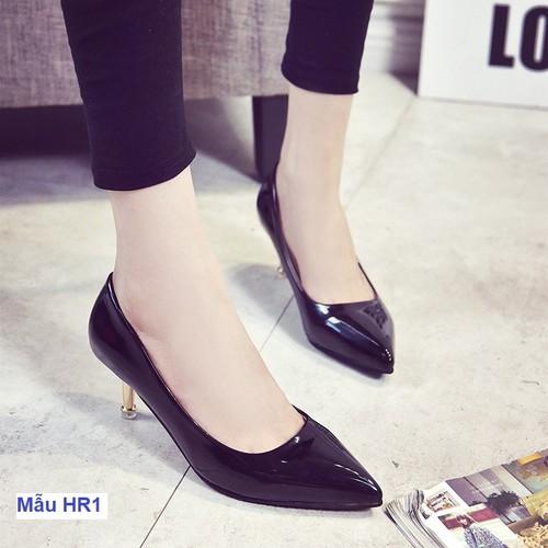 Giày cao gót da bóng màu đen