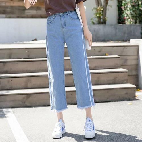 quần jean ống rộng sọc trắng - 5867263 , 12372806 , 15_12372806 , 249000 , quan-jean-ong-rong-soc-trang-15_12372806 , sendo.vn , quần jean ống rộng sọc trắng