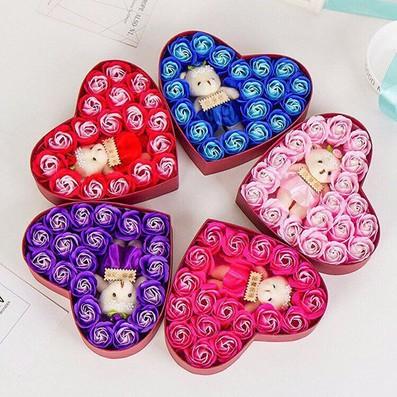 Bán buôn hoa hồng sáp hộp trái tim 20 bông kèm gấu