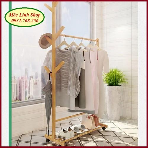Dàn treo quần áo bằng gỗ có bánh xe dài 60cm