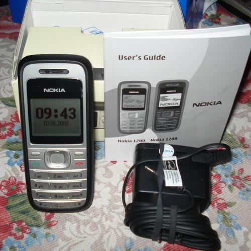 Điện thoại Nokia 1200 full phụ kiện