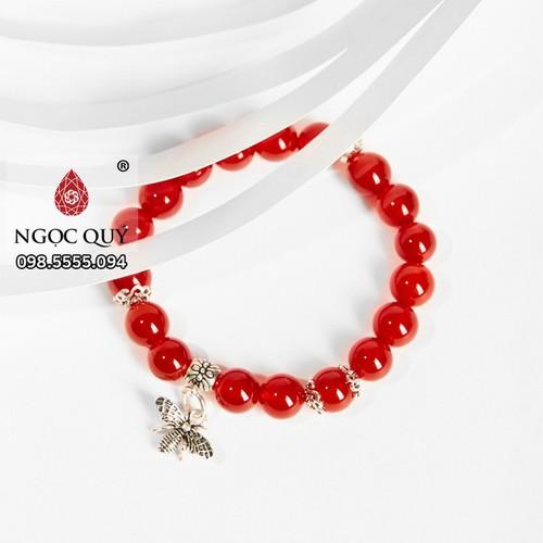 Vòng tay đá mã não đỏ charm Ong bạc