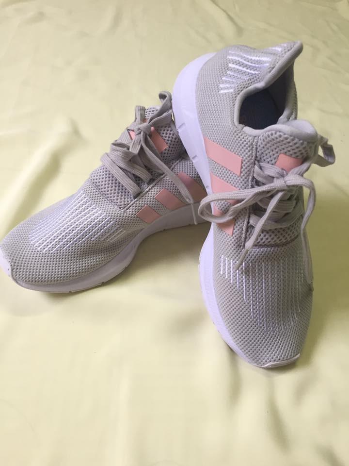 Giay Sneaker nu the thao xam bac 3 soc xeo hong da thoi trang sanh dieu Ma GSK0004 Hang hot xuat