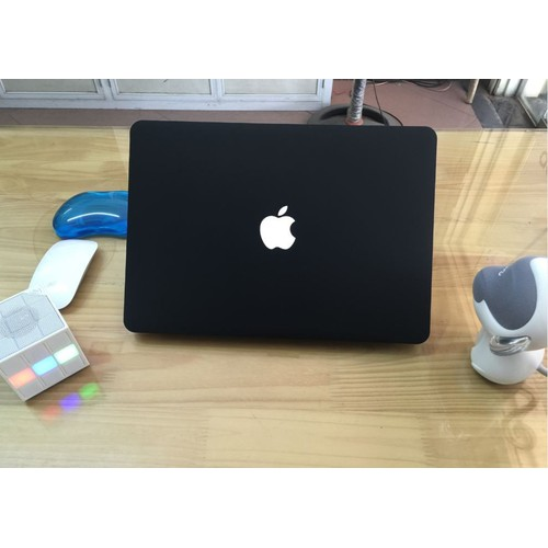 Ốp Bảo Vệ Macbook 13 Pro Có Ổ Điã - Màu Đen Nhung