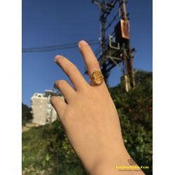 Nhẫn vàng 10k mặt tỳ hưu đá thạch anh tóc vàng tài lộc may mắn
