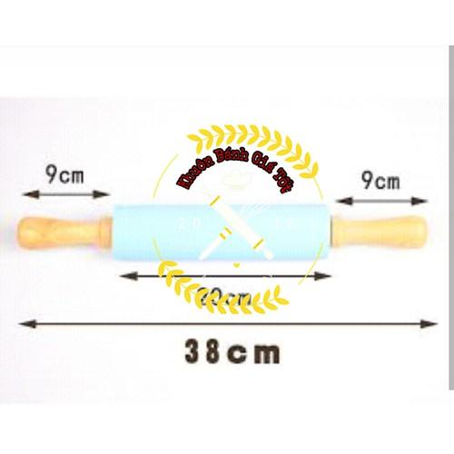 dụng cụ cán bột silicon cán gỗ 38cm