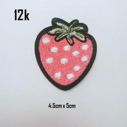 Sticker vải trái dâu 194