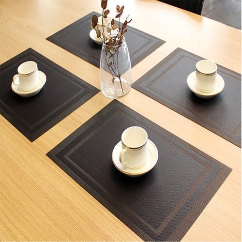 Bộ 4 tấm lót bàn ăn viền kẻ cao cấp MR05