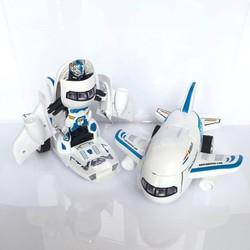 Đồ Chơi Máy Bay Biến Hình Thành Robot Có Nhạc Cho Bé