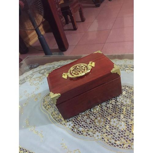 hộp đựng đồ trang sức bằng gỗ hương đỏ - 5639055 , 12069136 , 15_12069136 , 300000 , hop-dung-do-trang-suc-bang-go-huong-do-15_12069136 , sendo.vn , hộp đựng đồ trang sức bằng gỗ hương đỏ
