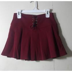 Chân váy xếp ly đan dây có kèm quần bên trong