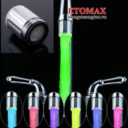Đầu vòi nước phát sáng đổi màu