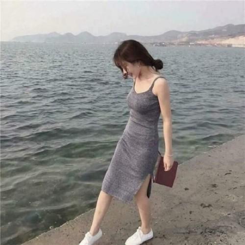 váy body 2 dây xẻ đùi - 5697027 , 12143443 , 15_12143443 , 100000 , vay-body-2-day-xe-dui-15_12143443 , sendo.vn , váy body 2 dây xẻ đùi