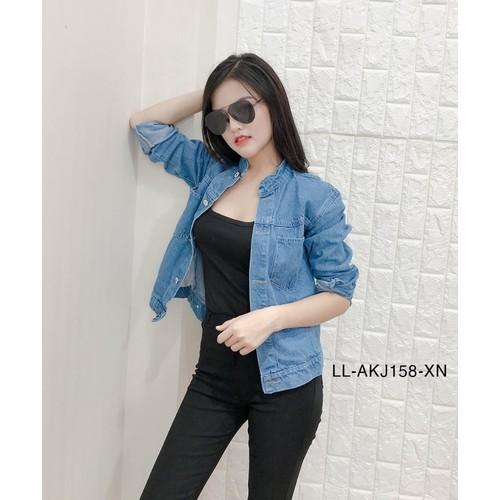 Áo khoác jeans nữ thời trang