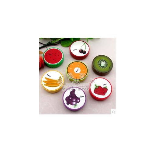 Khay trái cây có nhiều loại quả khác nhau