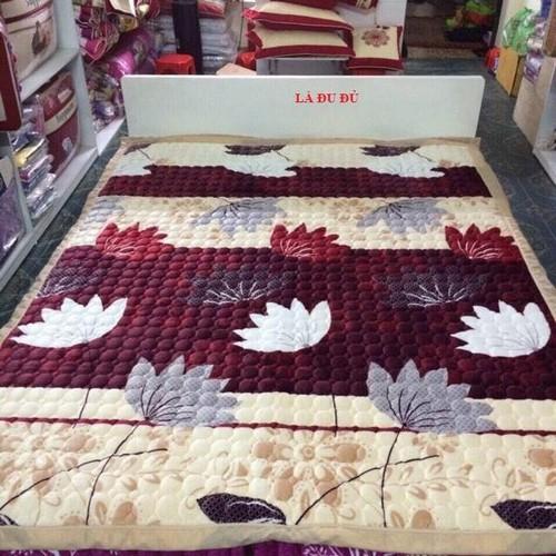 Thảm trải giường hoa văn m6 giao màu ngẫu nhiên