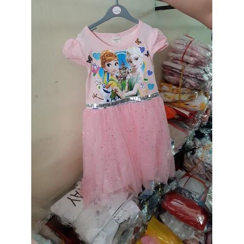 đầm bé gái màu hồng