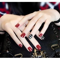 Bộ 24 móng tay giả caro đỏ đen (kèm keo)