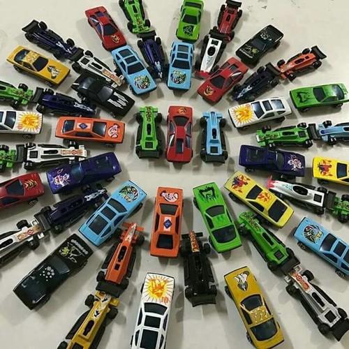 Bộ ôtô đồ chơi 50 xe đua - Set 50 oto sắt cho bé thỏa sức khám phá