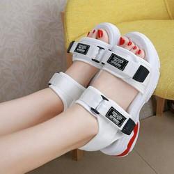 sandal 2 quai phong cách hàn quốc
