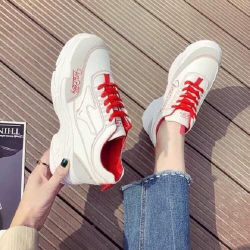 giày thể thao nữ g40