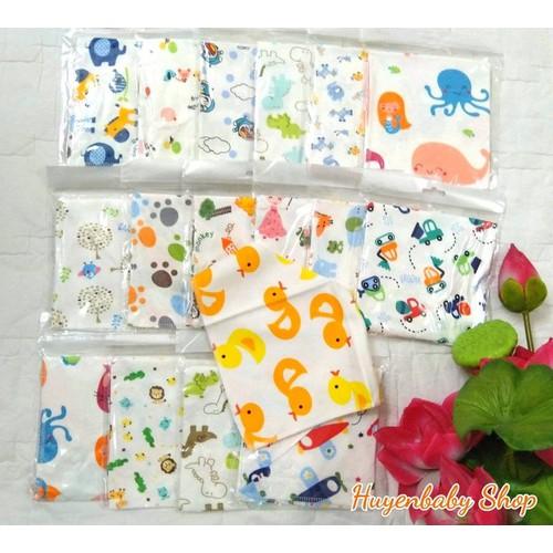 Set 5 khăn yếm tam giác vải cotton họa tiết ngộ nghĩnh đáng yêu cho bé - 6490829 , 13130459 , 15_13130459 , 100000 , Set-5-khan-yem-tam-giac-vai-cotton-hoa-tiet-ngo-nghinh-dang-yeu-cho-be-15_13130459 , sendo.vn , Set 5 khăn yếm tam giác vải cotton họa tiết ngộ nghĩnh đáng yêu cho bé