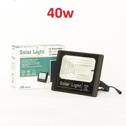 đèn năng lượng mặt trời