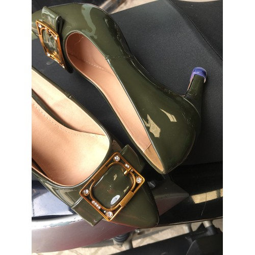 giày cao gót mũi nhọn TAMARIS khóa vuông 7p màu rêu