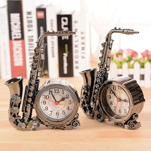Đồng hồ cổ điển Sax Alarm Clock thiết kế cực chất