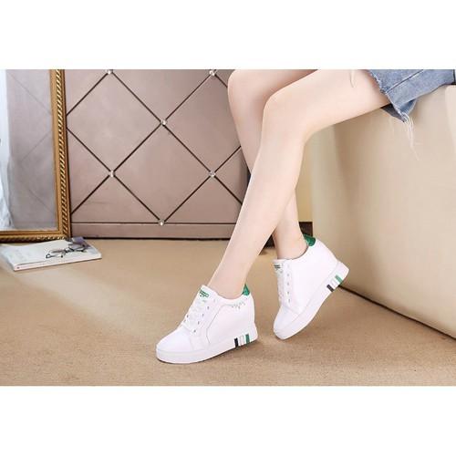 Giày SNK độn 7p da cao cấp siêu mềm siêu nhẹ màu trắng