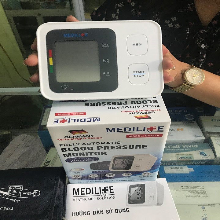Combo siêu khủng máy huyết áp của đức, cân sức khỏe của ý, máy lấy ráy tai tự động của nhật. - huyết áp,cân ,máy lấy ráy tai 2