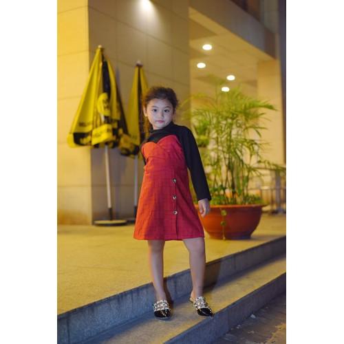 Đầm cho bé yêu từ 15kg-25kg.Có nhiều màu cho bé lựa chọn