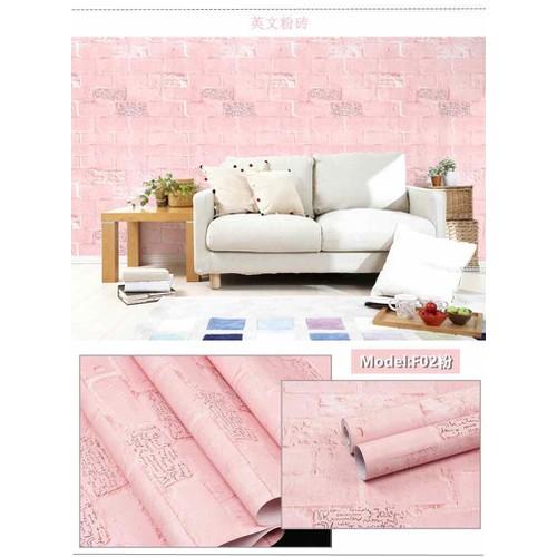 10m giấy dán tường giả gạch hồng in chữ có sẵn keo khổ rộng 45cm
