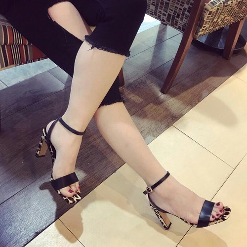 giày sanđan