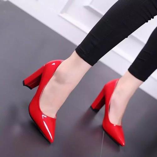 Giày cao gót da bóng 9 phân gót vuông OSOS