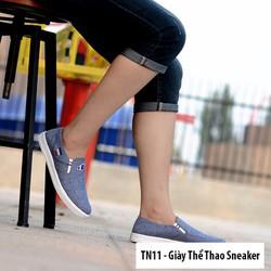 Giày Sneaker Nam Kiểu Dáng Thể Thao Năng Động Màu Xanh Navy - TN11