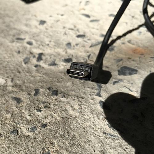 Cáp sạc HTC 10, HTC U11 chính hãng USB Type-C